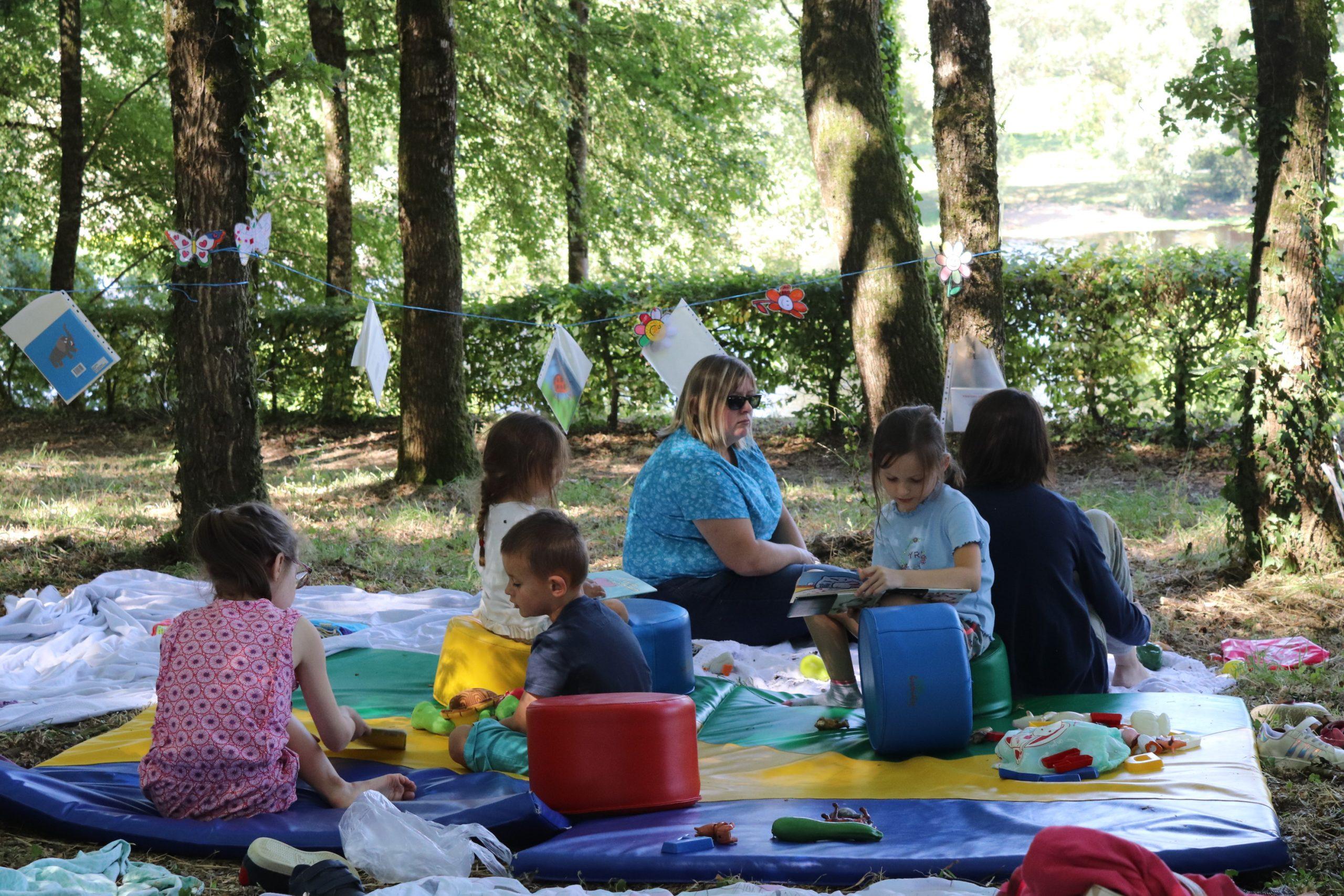 La Parent'Aise: des ateliers à partager en famille et du temps pour les parents !